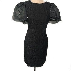Gorgeous poof sleeve dress